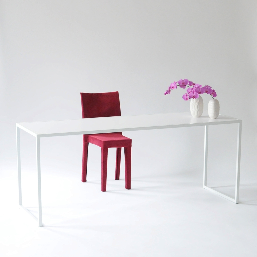judd table white